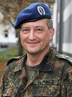 Bild zum Vergrößern anklicken - Dr. Sven Funke, Oberstarzt und Kommandeur Sanitätsregiment 2